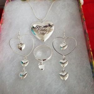 Jewelry - (NWT) 925 Silver Plated Heart Set